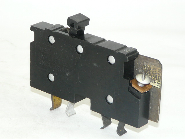 Square D XO120  Circuit Breaker