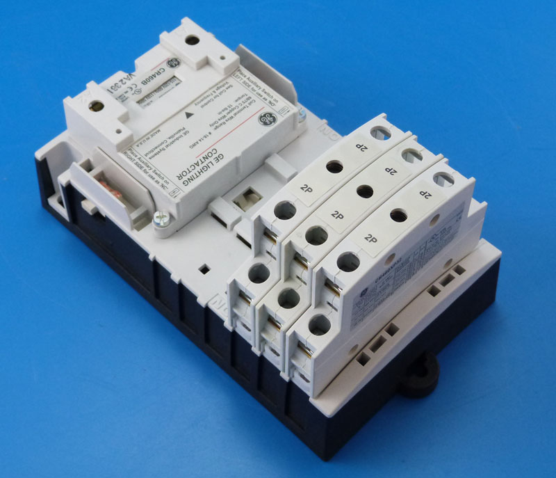 NEW GE CR460B 6P Electrically Held Lighting Contactor 277v