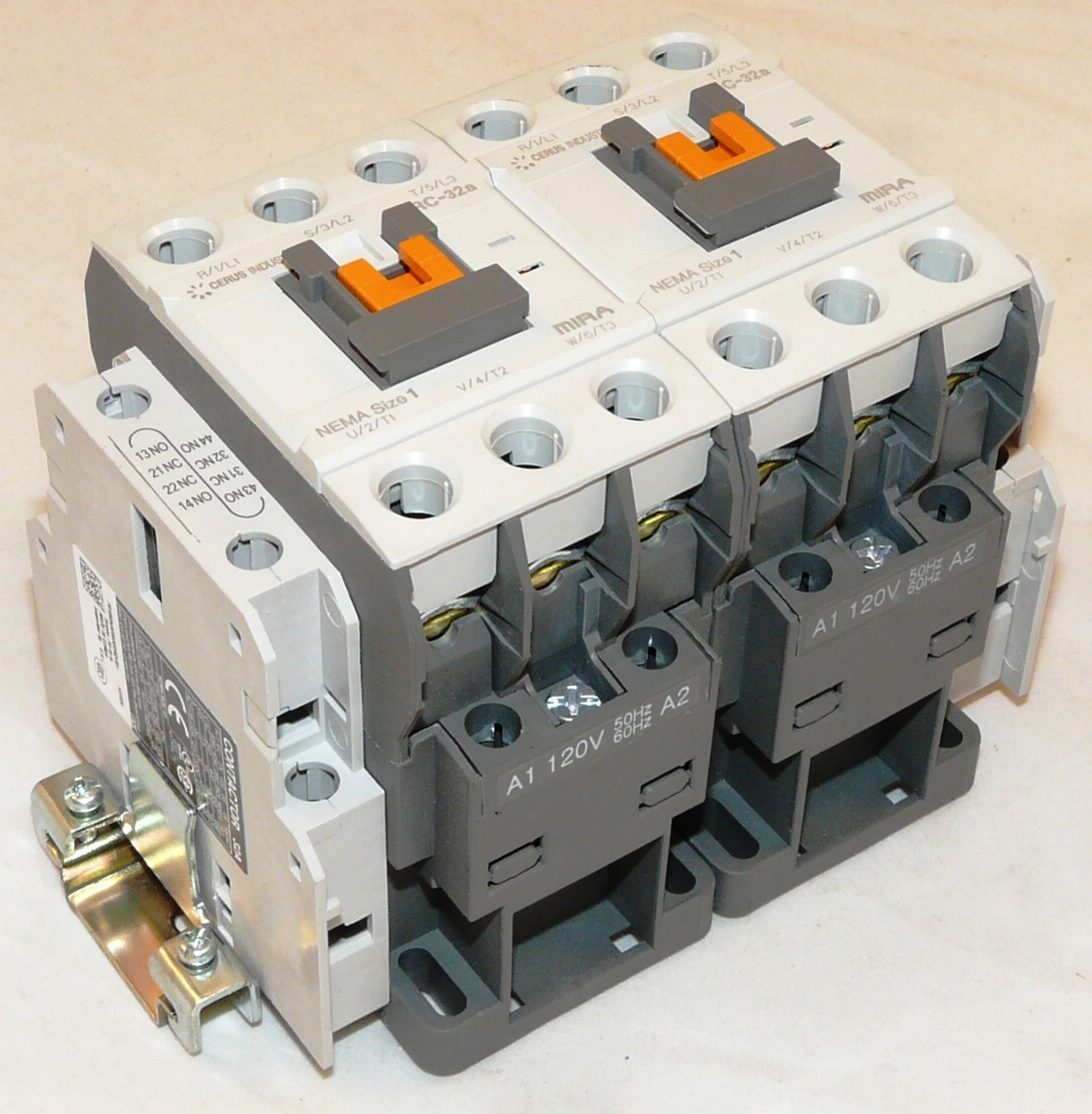 New Cerus 6 Pole 32 Amp Nema 1 Enclosed Lighting Contactor